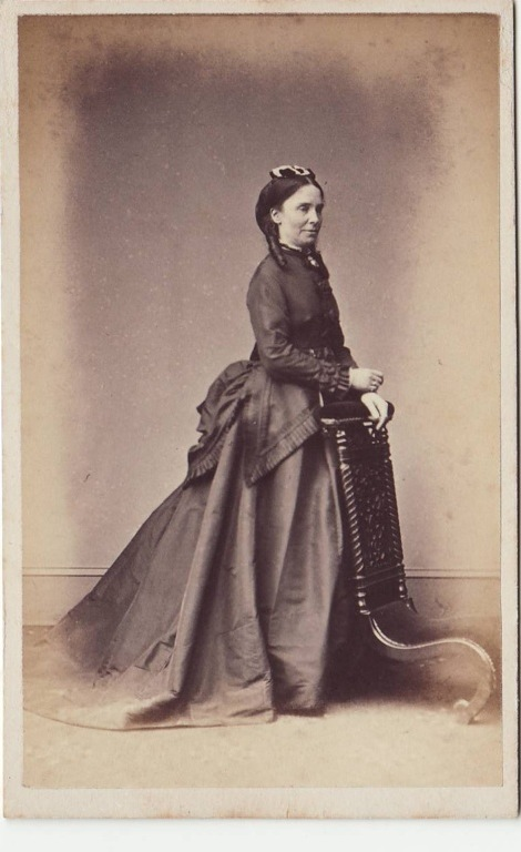 Possible image of Hannah or Emma Winslow.